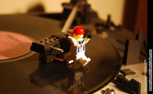 Photo of TurntabLEGO – PİKAPİLEGO